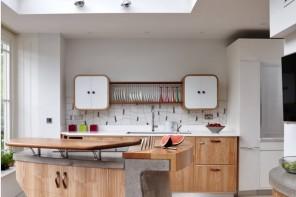 Most Original Kitchen Design Ideas 2016. Oval forms of the kitchen furniture