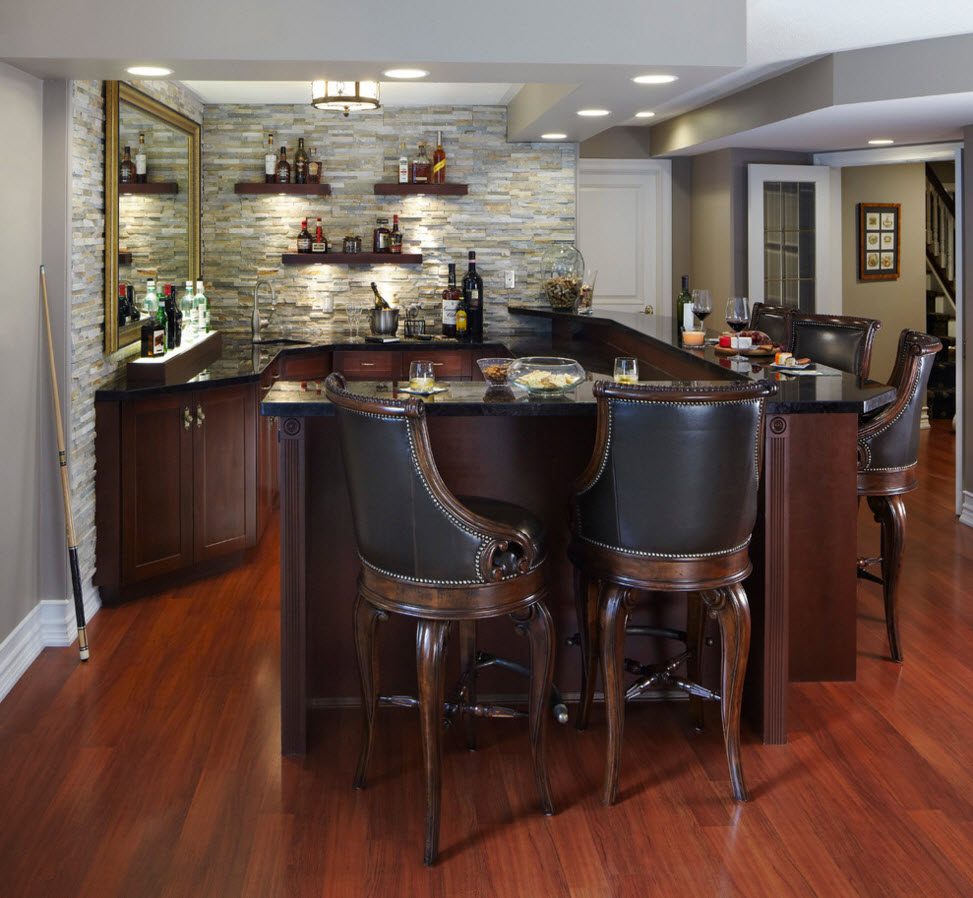 Modern Classics Private House Design Ideas. Nice leather sttols in the dining zone