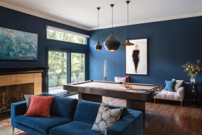 Blue Color Decoration Ideas for Living Room. Unusual design for the large living with billiard table