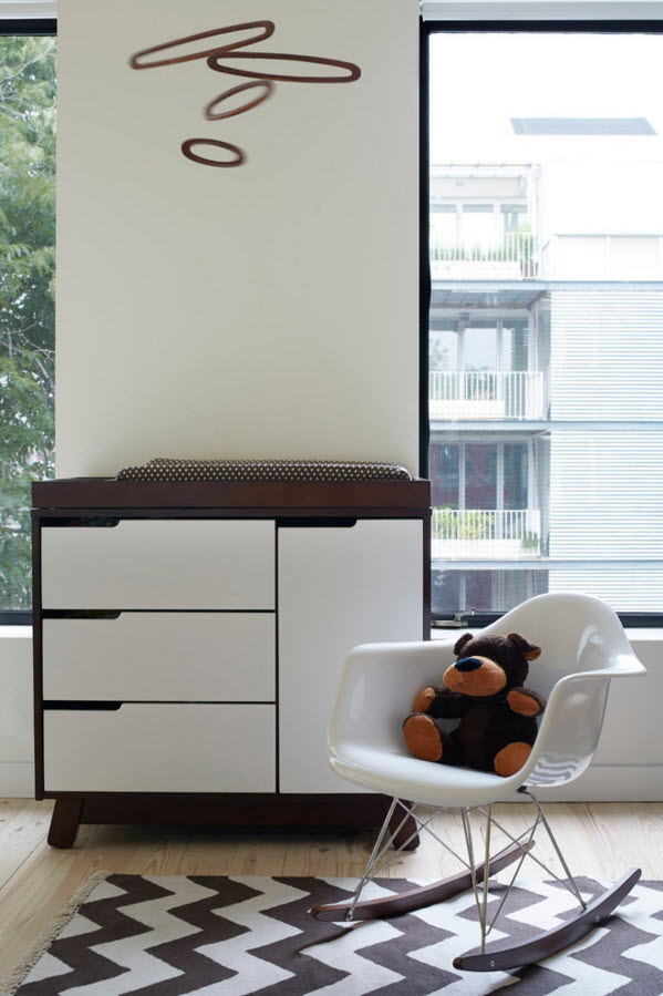 White wall finishing is ideas as the background for the white contemporary furniture