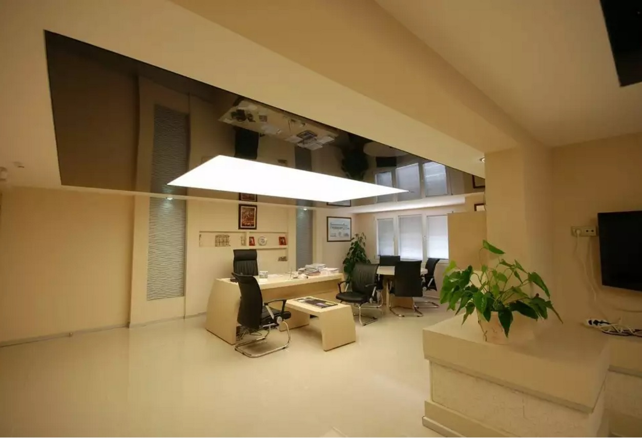 Benefits and Disadvantages of Stretched Ceiling. Multileveled structure with the different colors