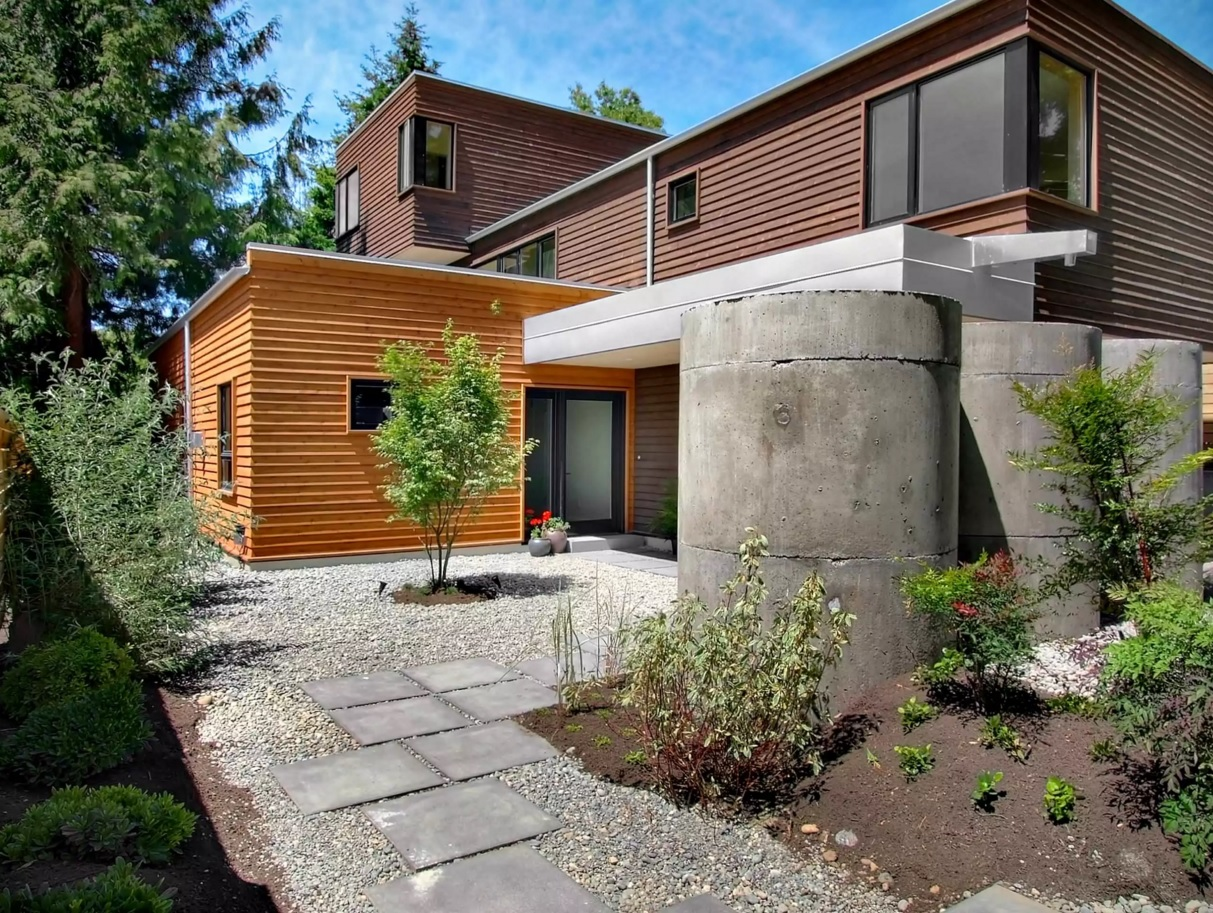 Original House Exterior Design Ideas. Nice eco design constrcuted with the help of concrete troughs