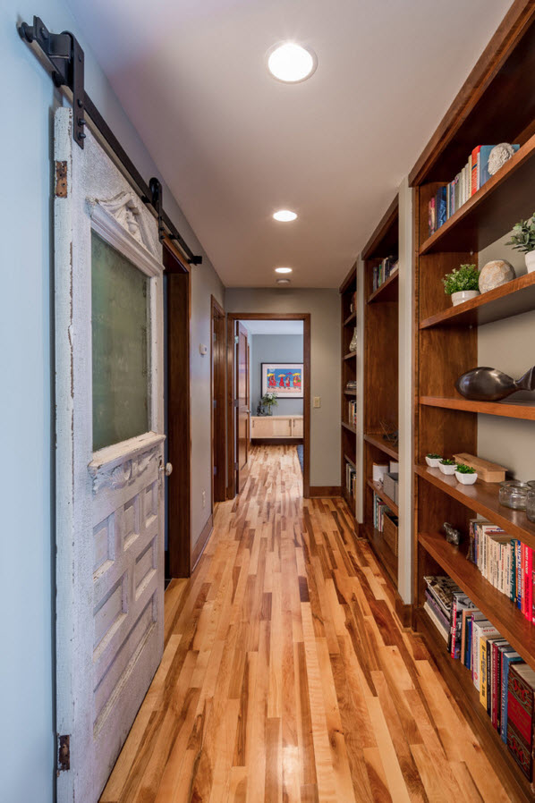 Nice shelving in the hallway with the sliding doors