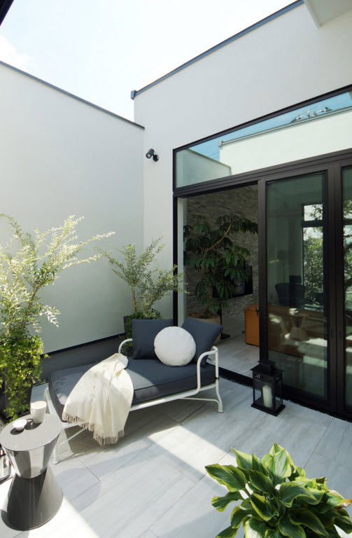 hi-tech style for private house in Japan. Minimalistic arrangement of the loggia