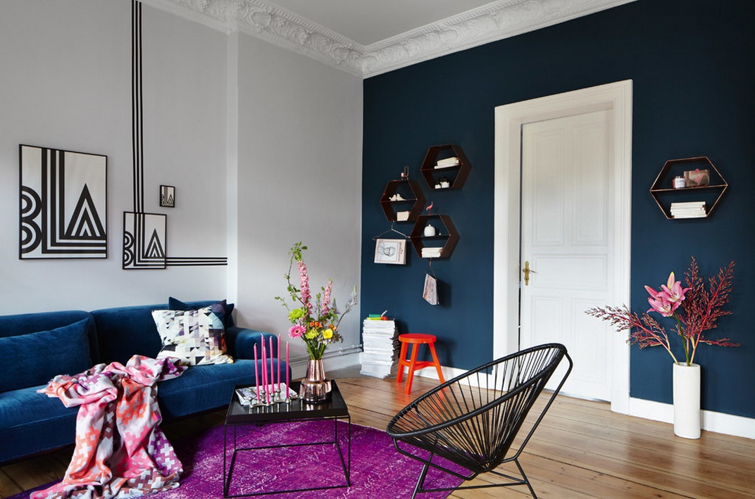 Blue Color Decoration Ideas for Living Room. vintage style with pop-art elemetns