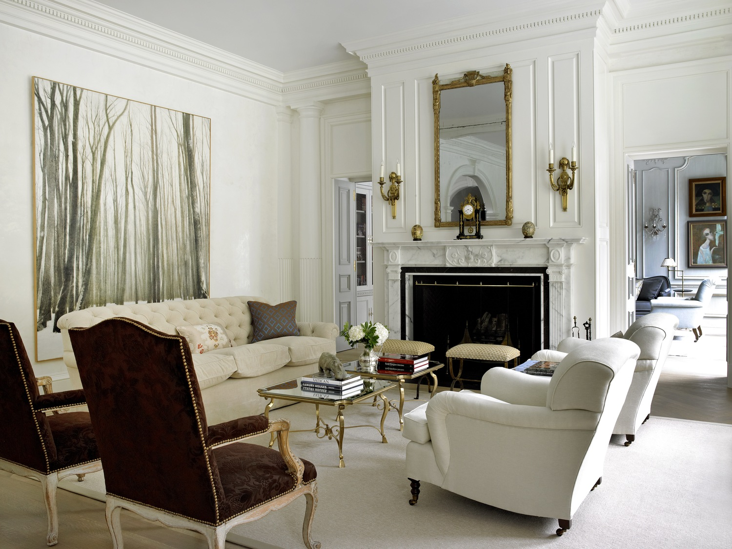 Classic Style Furniture fro Practical Chic Interiors. White decorated room with gild-plated elements
