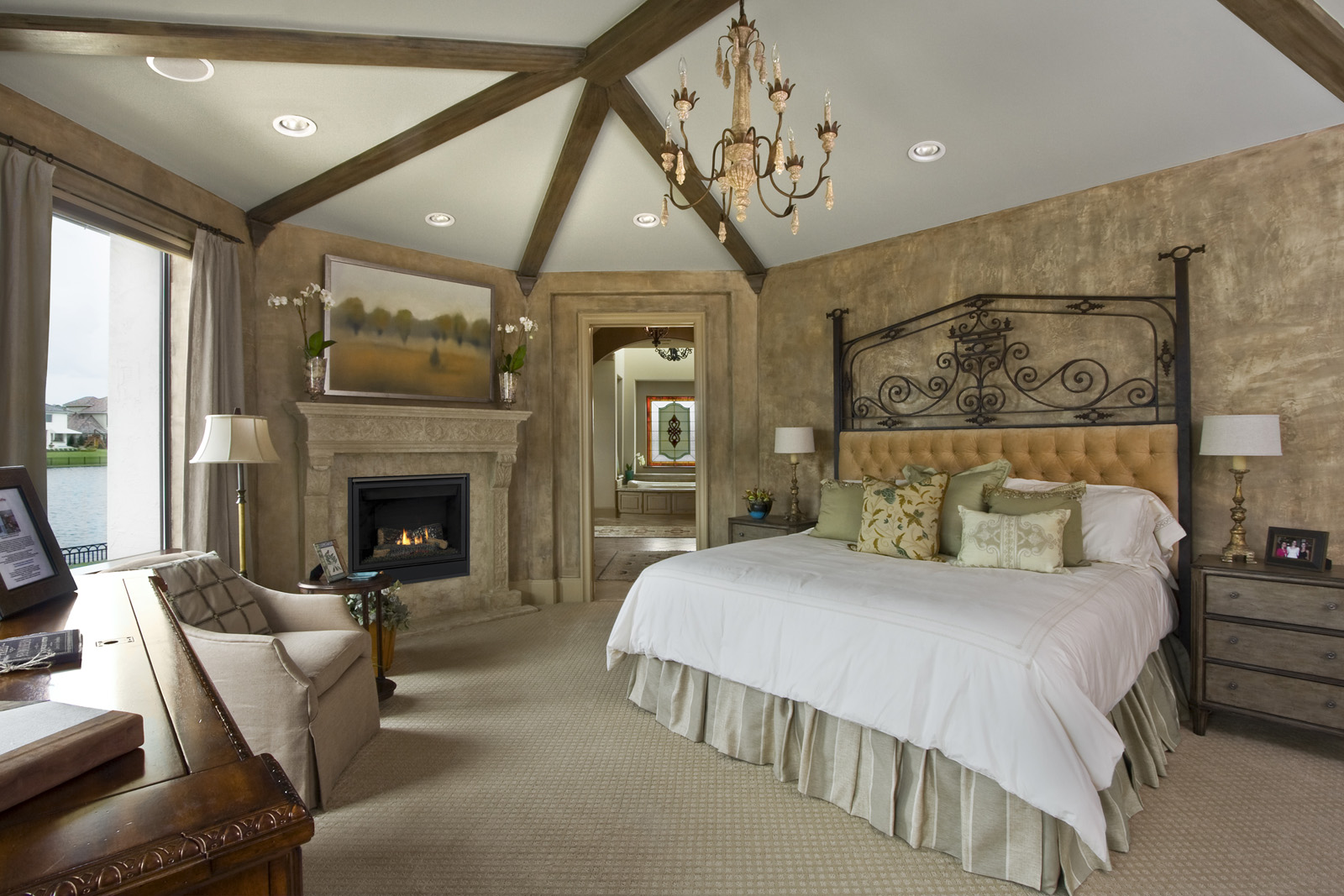 Classic Style Furniture fro Practical Chic Interiors. Bedroom with the grandeur wall trimming and decor