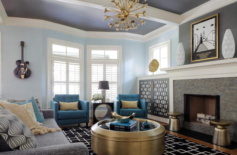 Blue Color Decoration Ideas for Living Room. Light walls and darker ceiling constitutes the cstylish composition