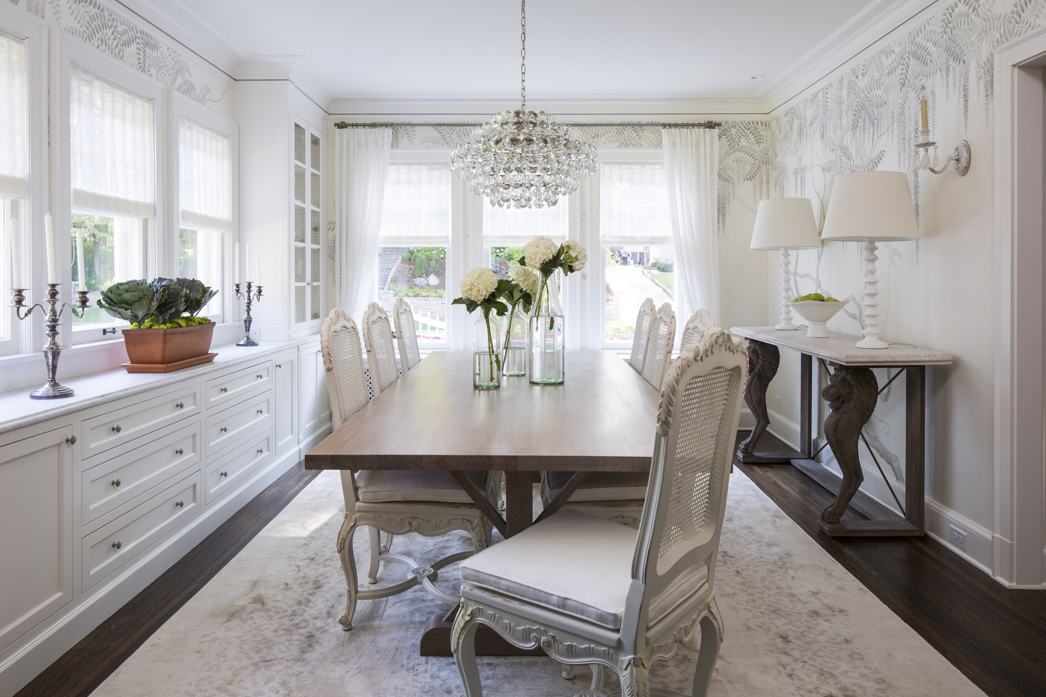 Classic Style Furniture fro Practical Chic Interiors. Flower theme in the white harmony of the room