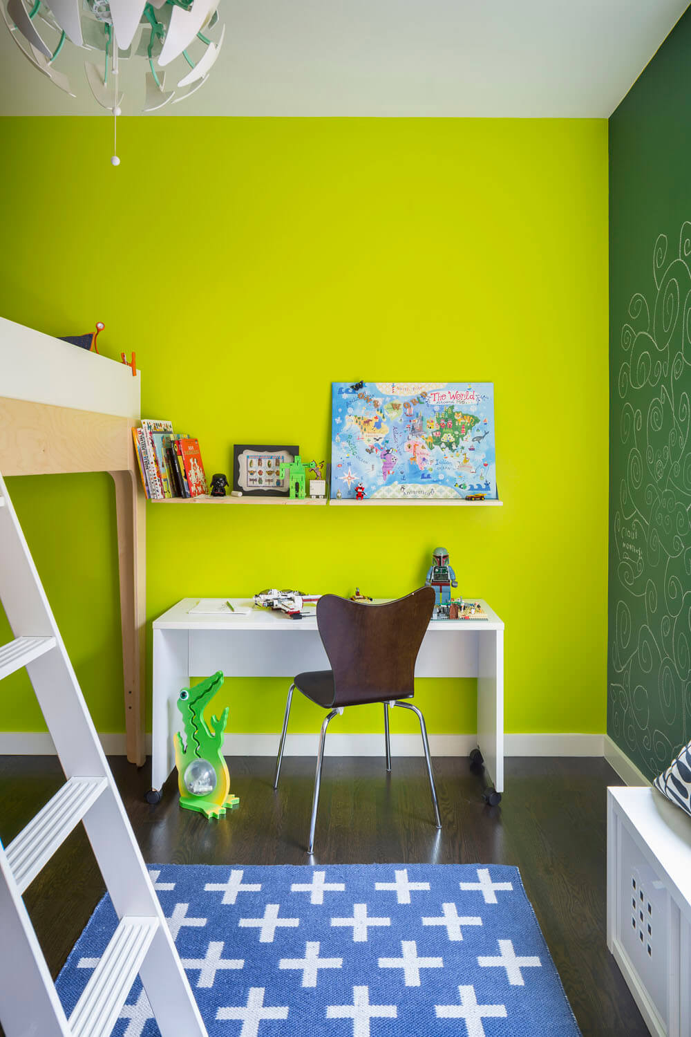 Bright Interior Design Ideas for Private House. Green pallette for decorating of the kid's room