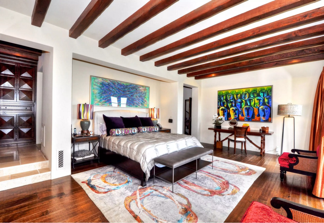 Fusion Interior Design Style  Bright colored ceiling beams harmonize with  the floor in the bedroom. Fusion Interior Design Style   Small Design Ideas
