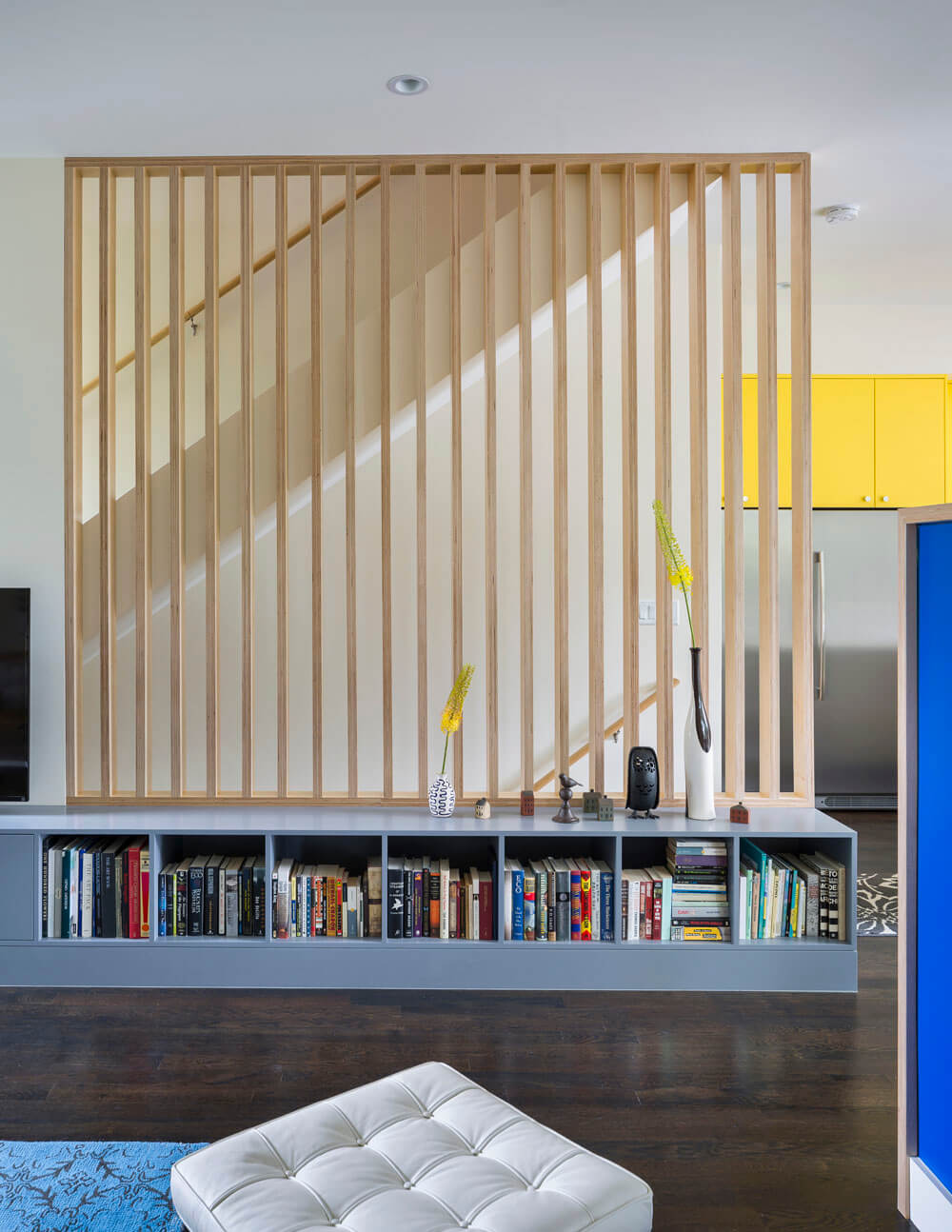 Bright Interior Design Ideas for Private House. Nice grid form of the staircase fence