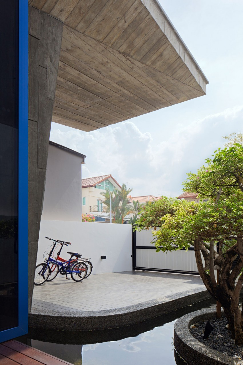 Original Compact Private House Design. Spacious light terrace