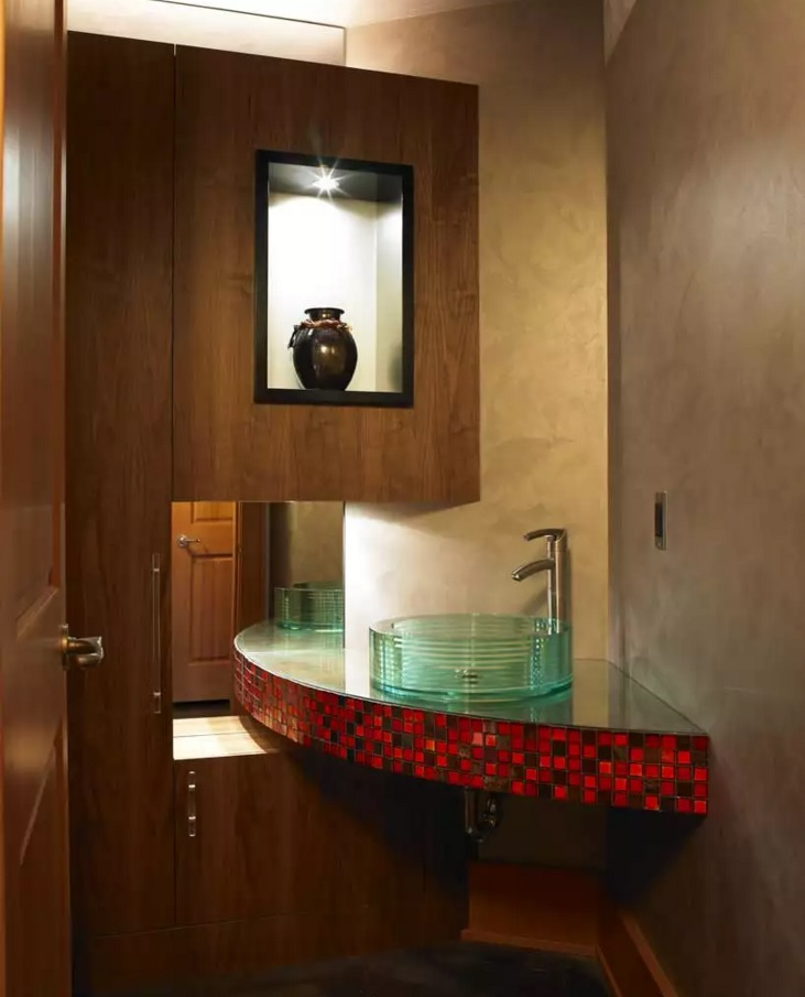 Small Bathroom Creative Remodel Ideas. Absolutely fresh idea to arrange the sink and walls in the very constrained space