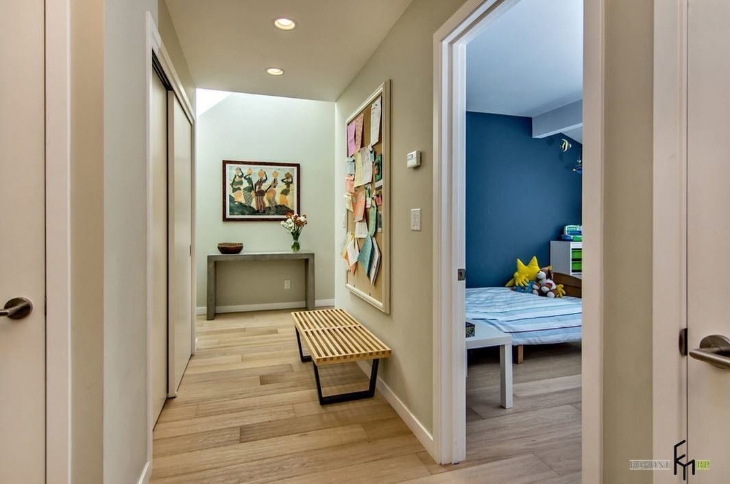 Contemporary style and wooden materials for the hallway design