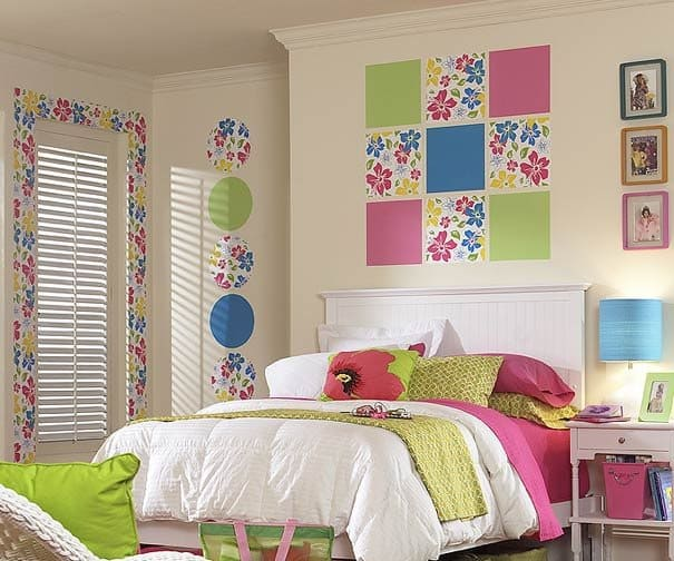 Bright colorful accents in the bedroom