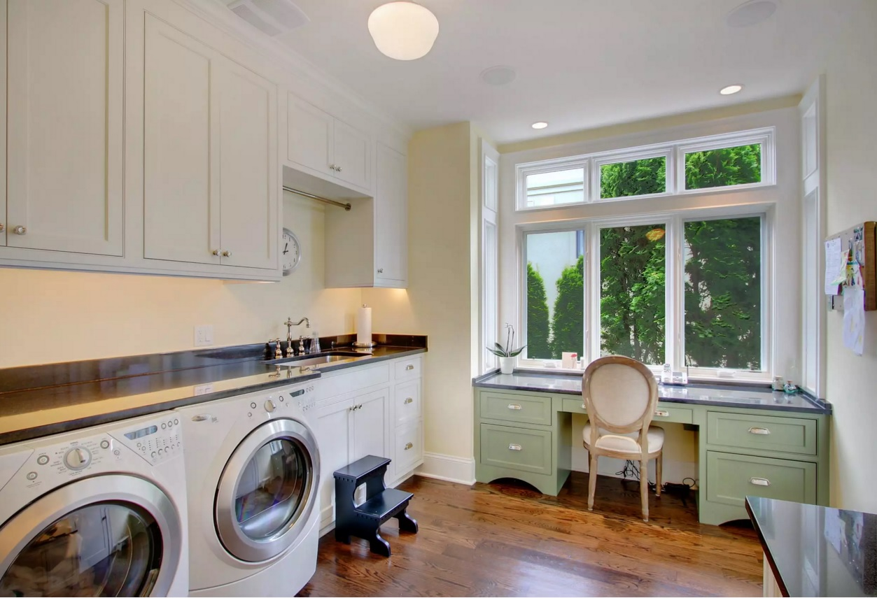 Functional and Beatiful Laundry Interior Ideas. Small warking place at the window