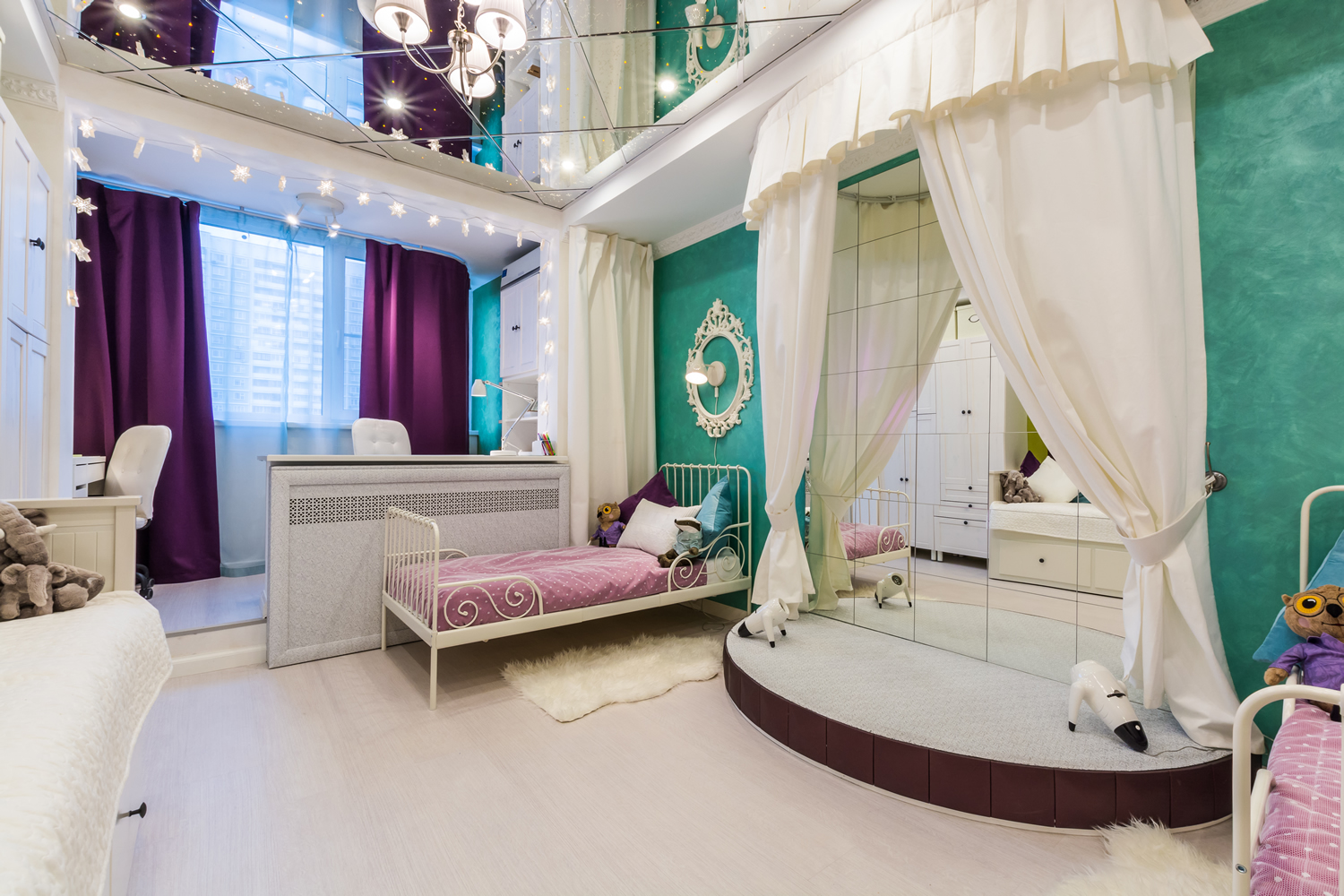 Kitsch Interior Design Style. Bright colors in combination with the white pompous decoration