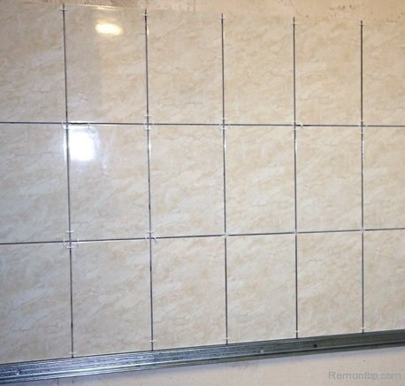 Easy Way DIY Wall Tiling Advice. The tiled wall is ready