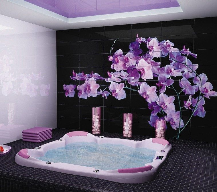 Photo Tile Types and Differences. Jacuzzi in the bathroom with floral motiff