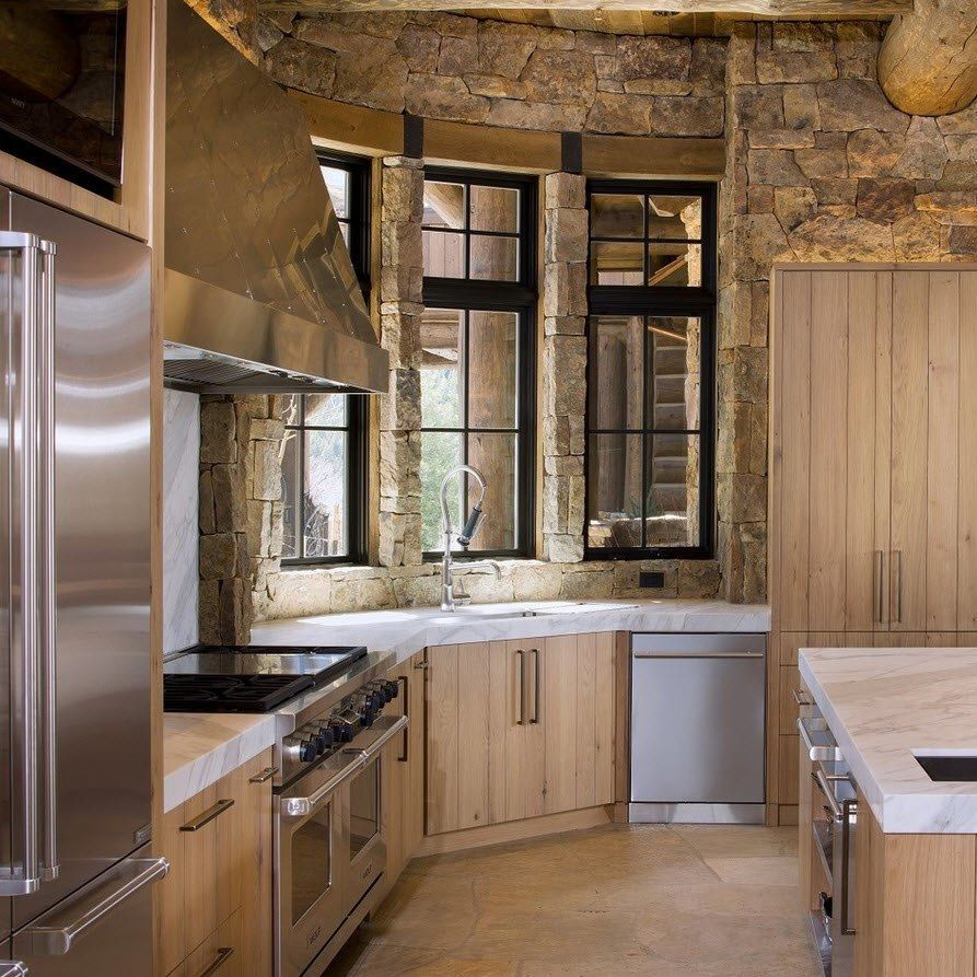 Wood and stone decoration for the light brown kitchen color palette