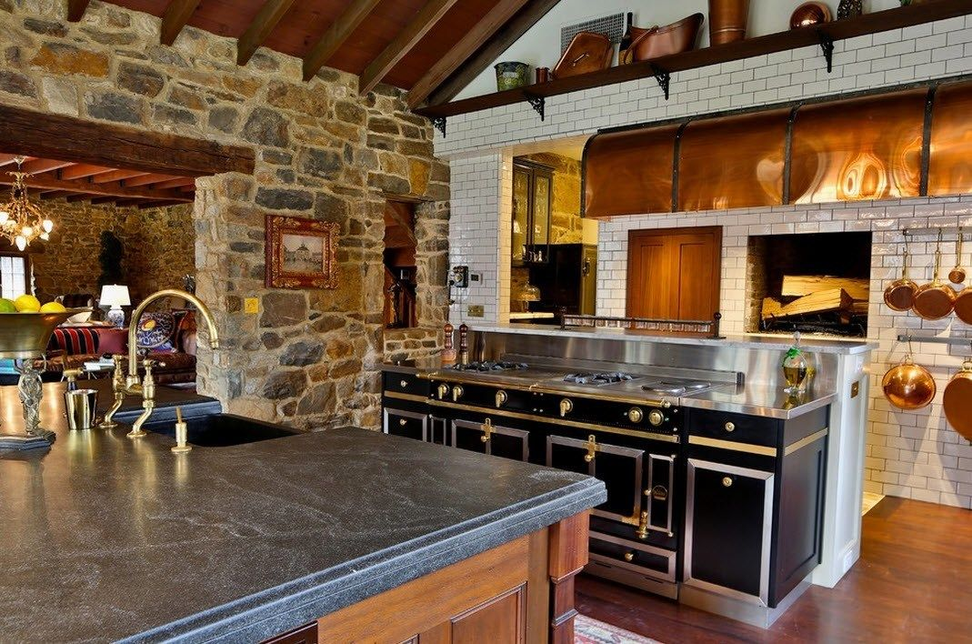 Country style for the spacious private house kitchen