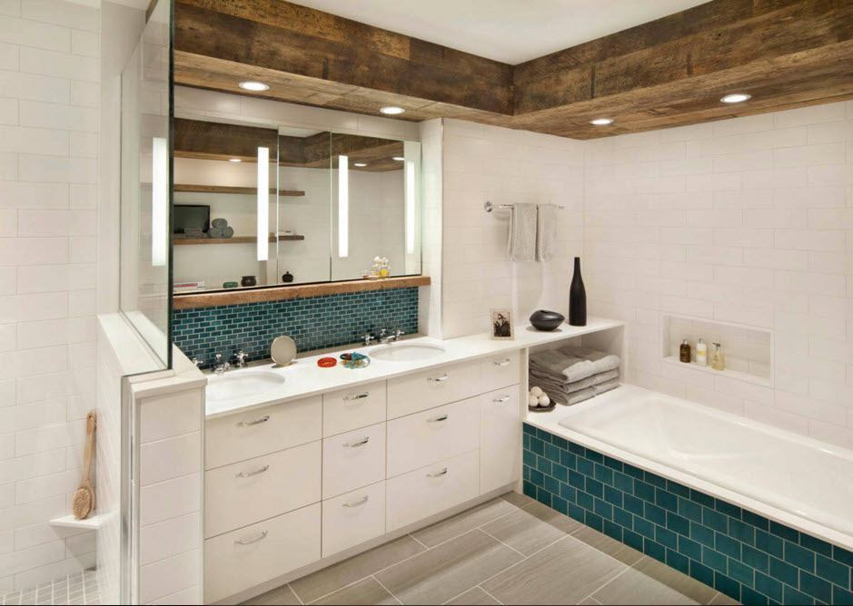 Nice bathroom trimming idea with the set of vanities and mirror