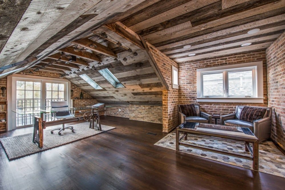 Top Ceiling Beams Design Photo Ideas. Totally wooden rural house