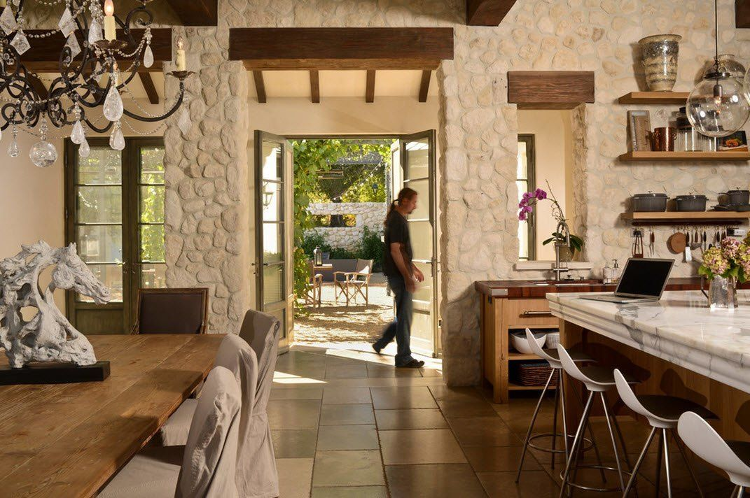 Greek Mediterranean style for the country kitchen with stone trimming looks amazing