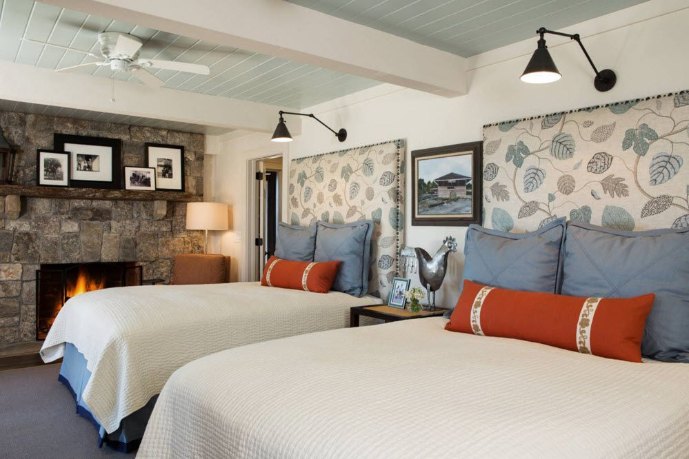 Top Ceiling Beams Design Photo Ideas. Bedroom for two with absolutely same decoartion and specially designed headboards