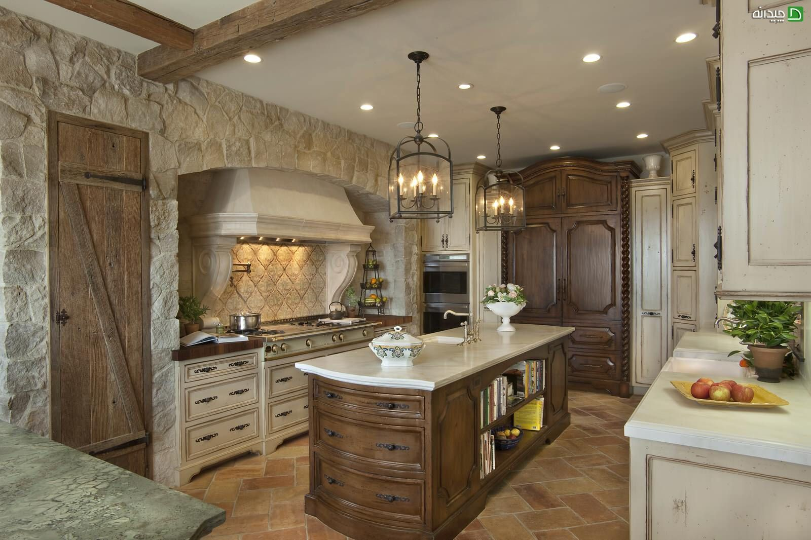 French country exquisite style for the natural trimmed kitchen