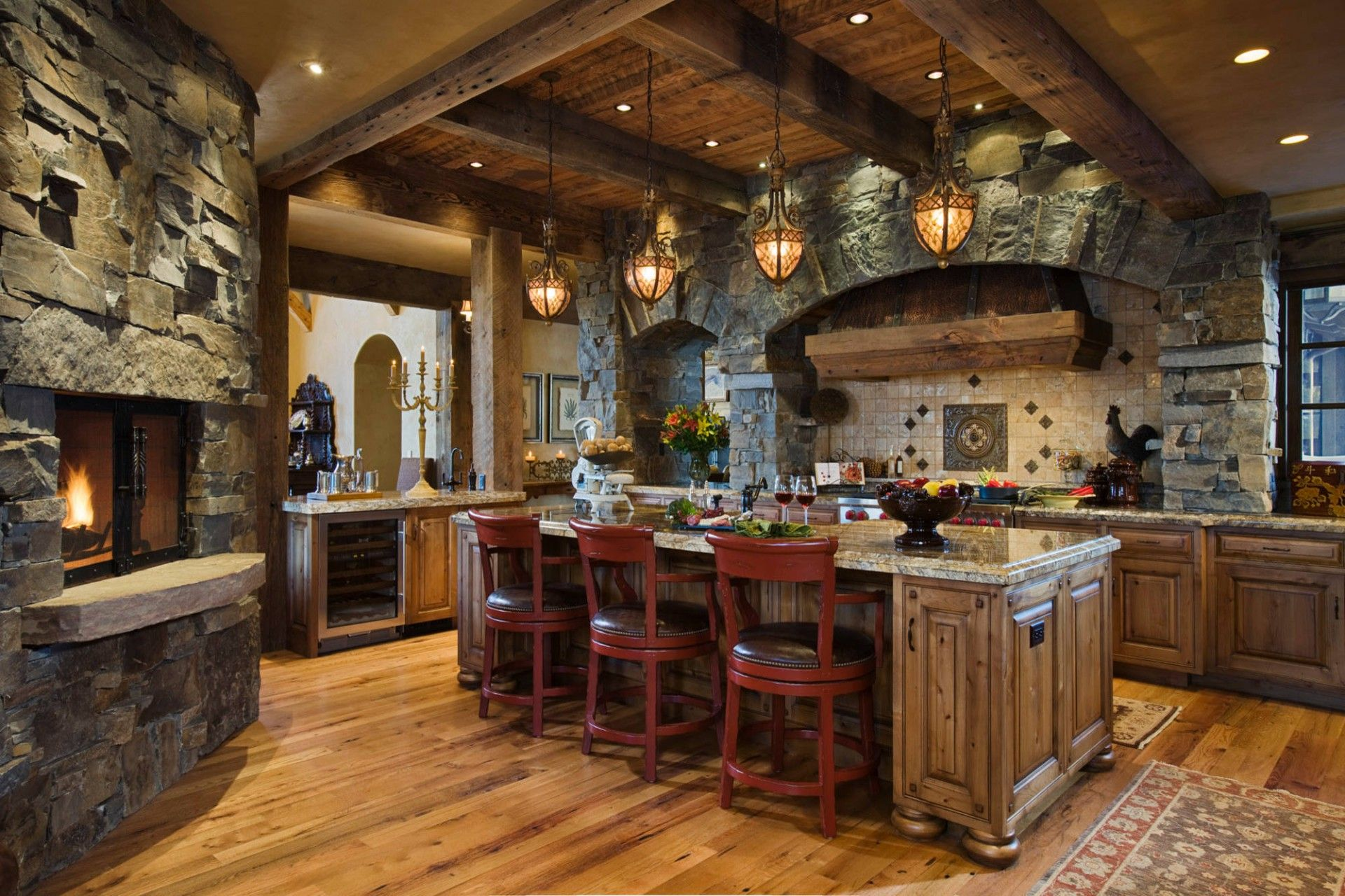 Stone Kitchen Interior Decoration Ideas. American country in the luxuriously decorated space
