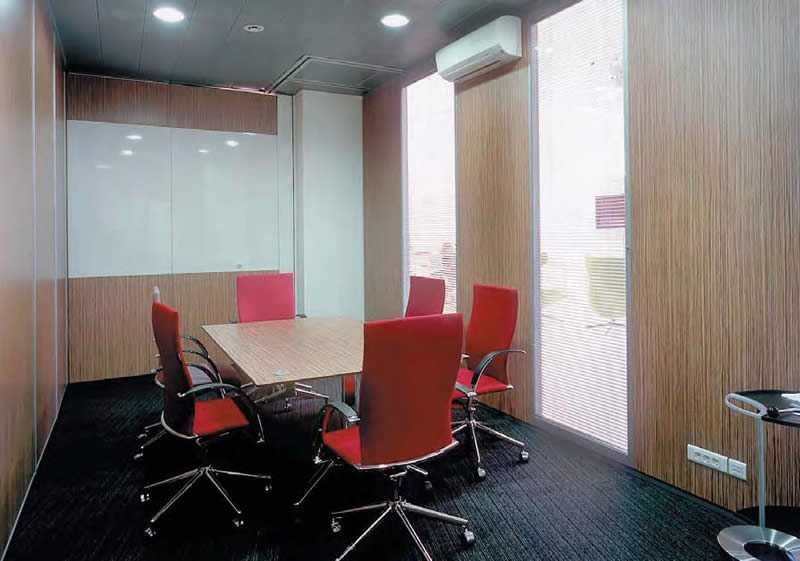 Wall Panels: Types, Sizes, Properties. Vinyl gypsum material for the utilitarian premises and offices