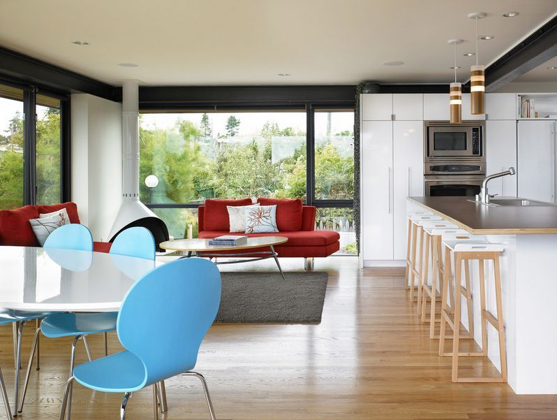 100 Kitchen Chairs Design Ideas. Blue and red furniture splashes in the interior