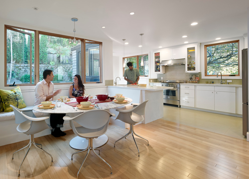 100 Kitchen Chairs Design Ideas. Plastic material and wooden floor are good in harmony