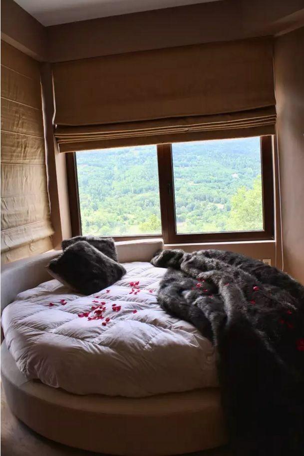 Circle Bed of Unique Bedroom Interior Design. Private house nook