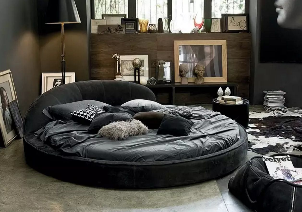 Circle Bed of Unique Bedroom Interior Design. Black vintage and chic mix in the tight room