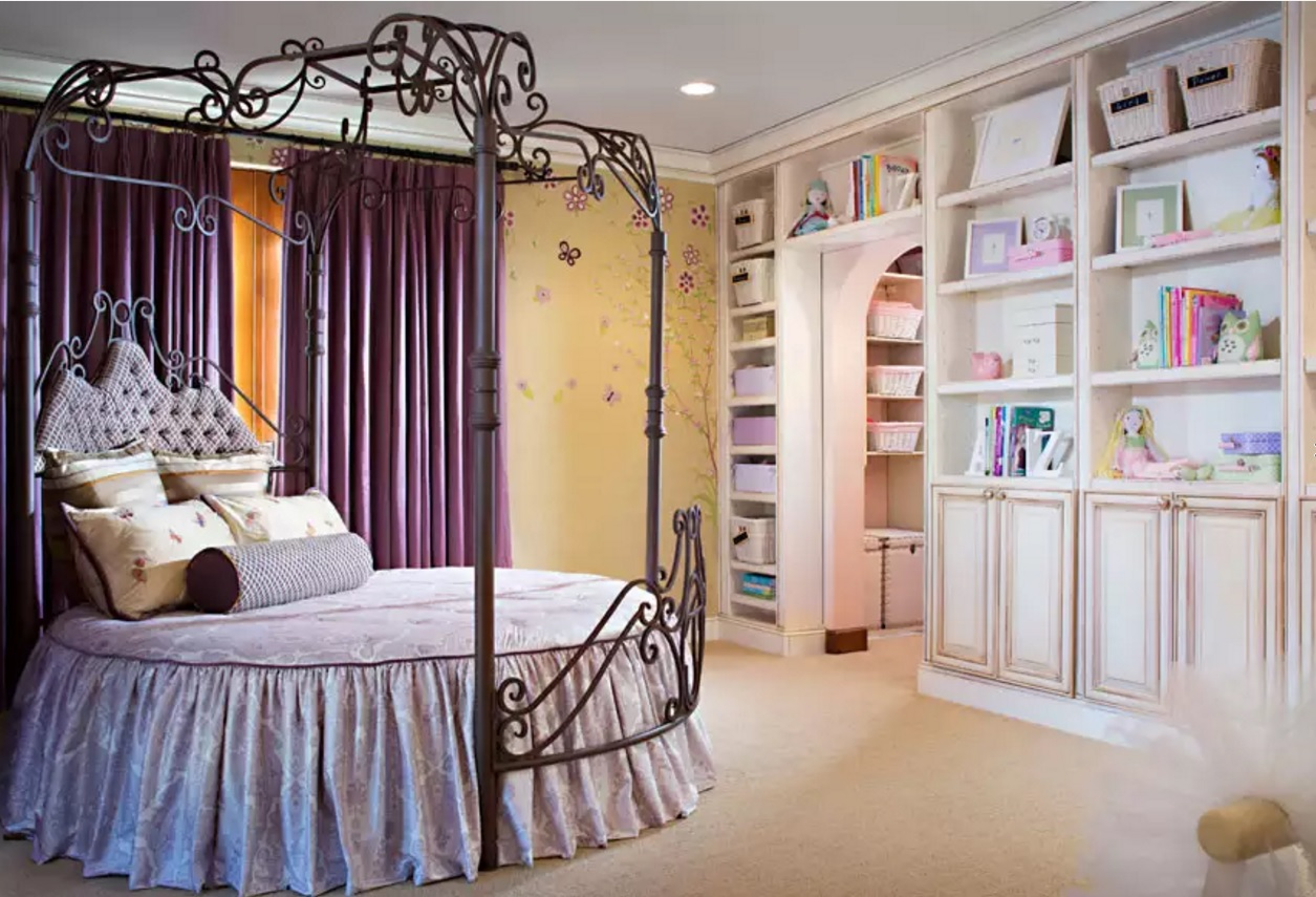 Circle Bed of Unique Bedroom Interior Design. Nice idea for the girl's room in pastel colors