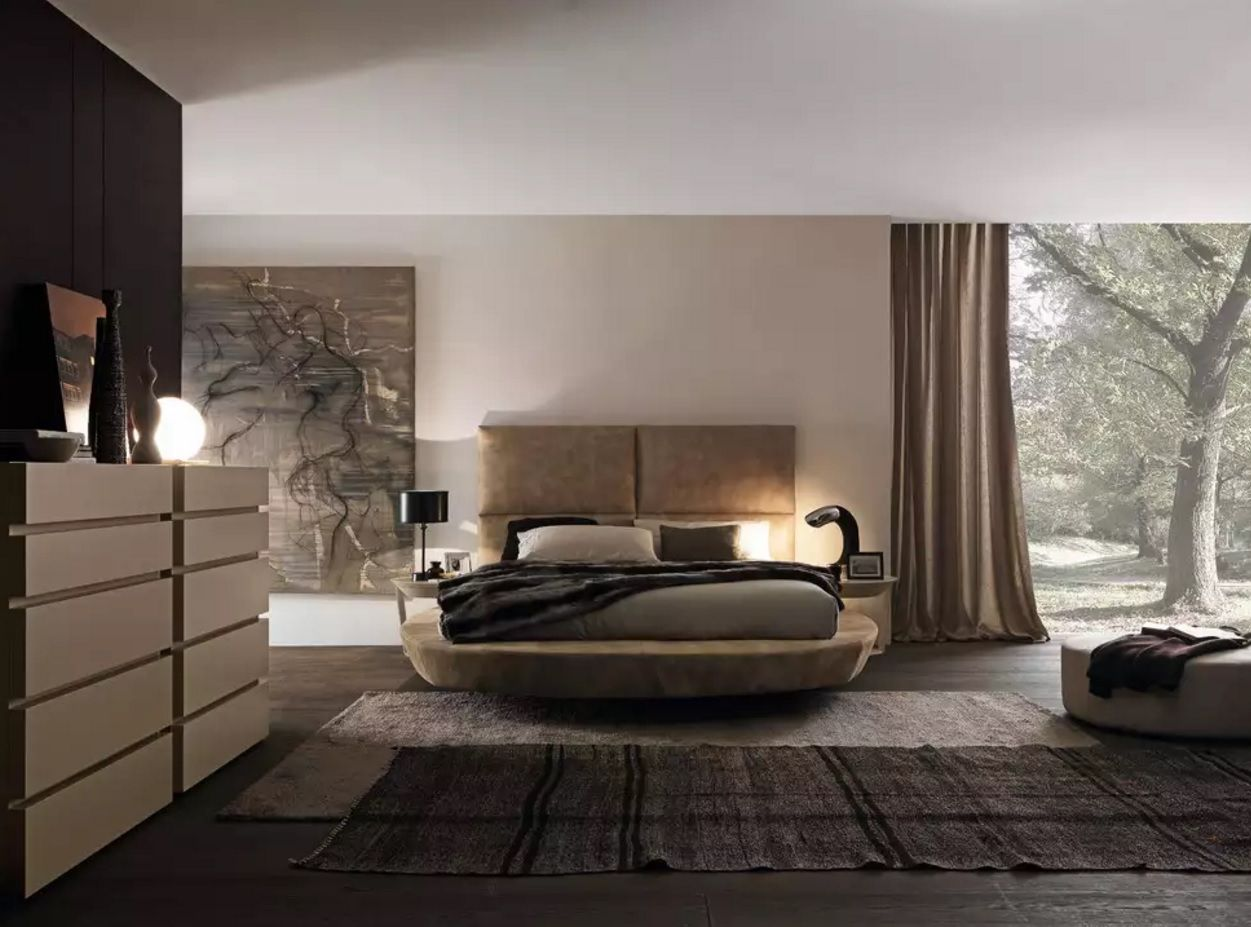 Circle Bed of Unique Bedroom Interior Design. Contemporary business style withing the modern bedroom