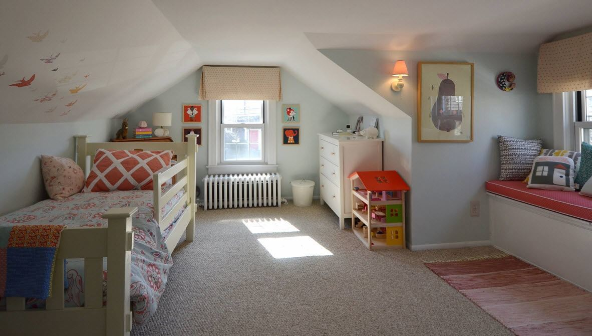 Children's Room Loft Renovation Design Ideas 2016. Homey atmosphere in the light decorated kids' room