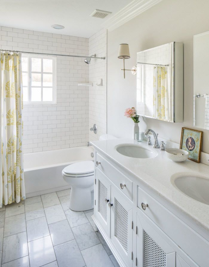 White color to decorate the whole space of the modern styled bathroom with only the yellow PE curtain