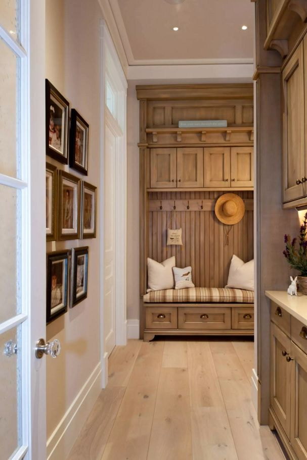 Original Modern Entryway Furniture Photo Collection. Classic wooden furniture set in the hall