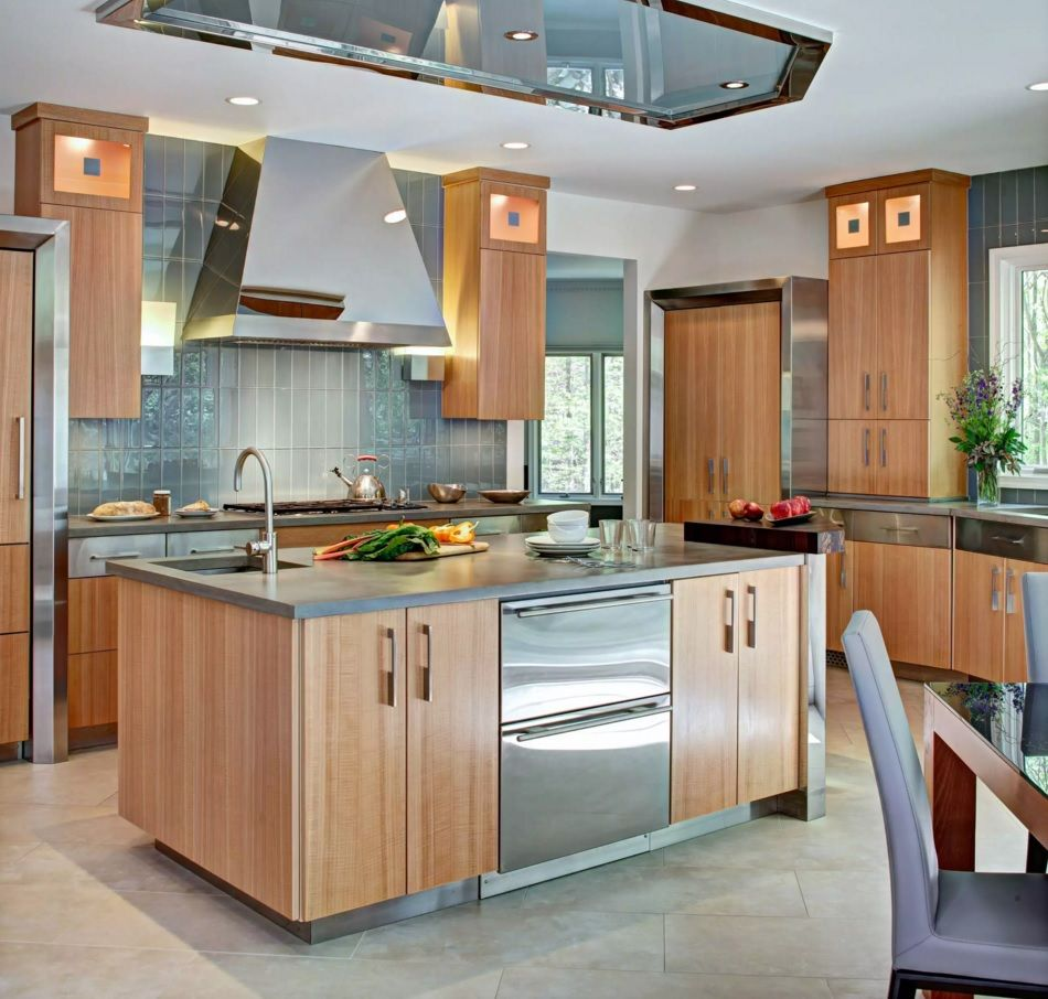 The Main Types of Kitchen Hoods. Photo Gallery and Description. Very nice vivid example of the contemporary style
