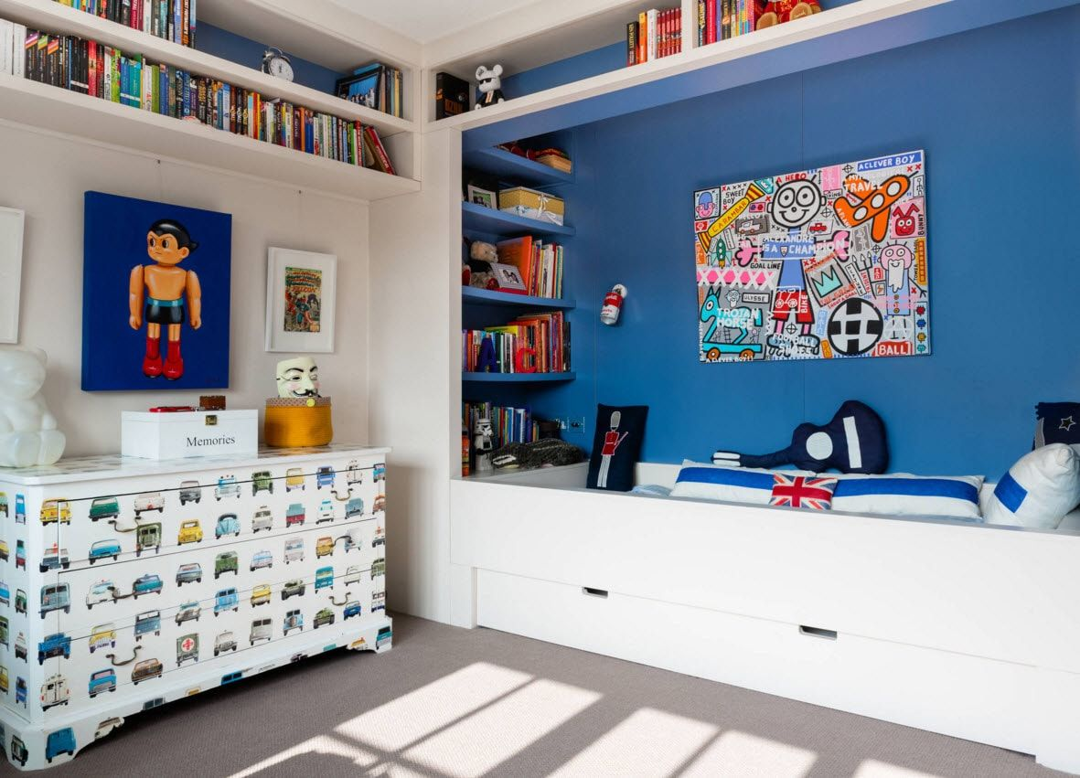 Design Examples of Small Kids' Rooms for Boys Decoration. Space full of stickers and with a built-in storage under the berth