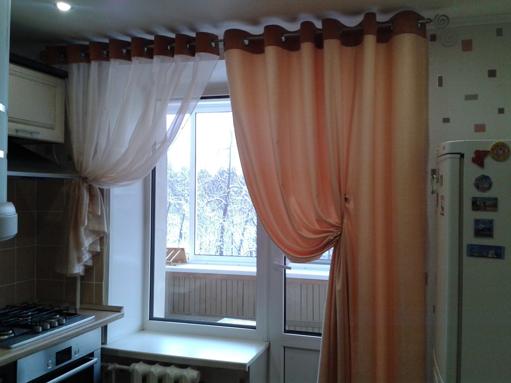 Kitchen Curtains Design Photos, Types and DIY Advice. Good looking type with the folds