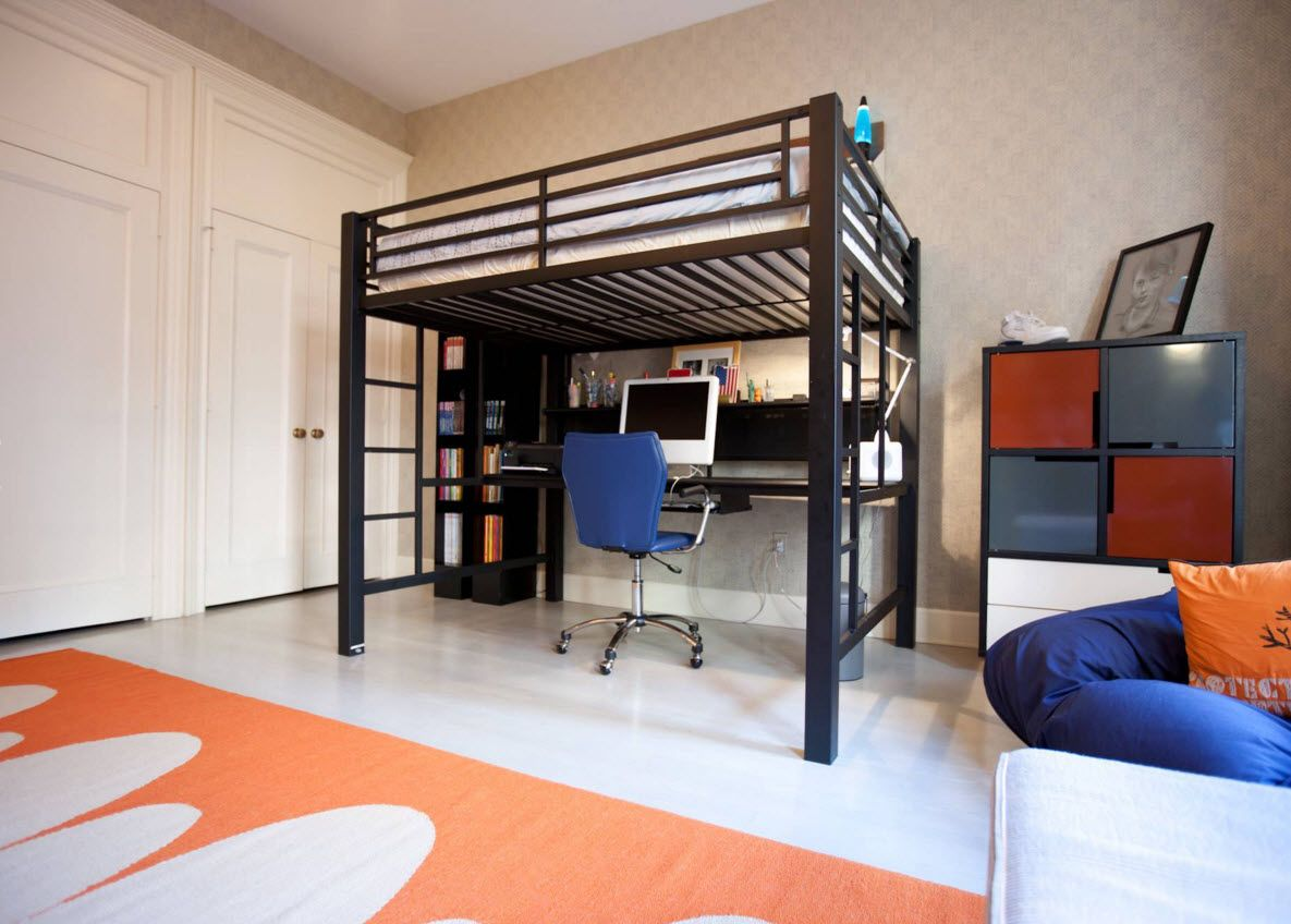 Design Examples of Small Kids' Rooms for Boys Decoration. Nice cinstruction of the bunk bed with the planked sides and stairs