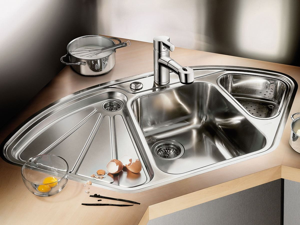 Stainless Steel Kitchen Sink Full Review and Choosing Advice. Unusual complicated form for the functional thing