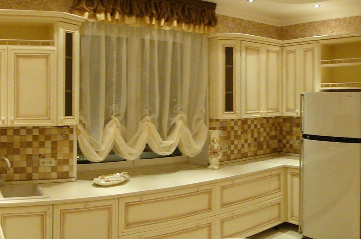 Kitchen Curtains Design Photos, Types and DIY Advice. French or Austrian tradition