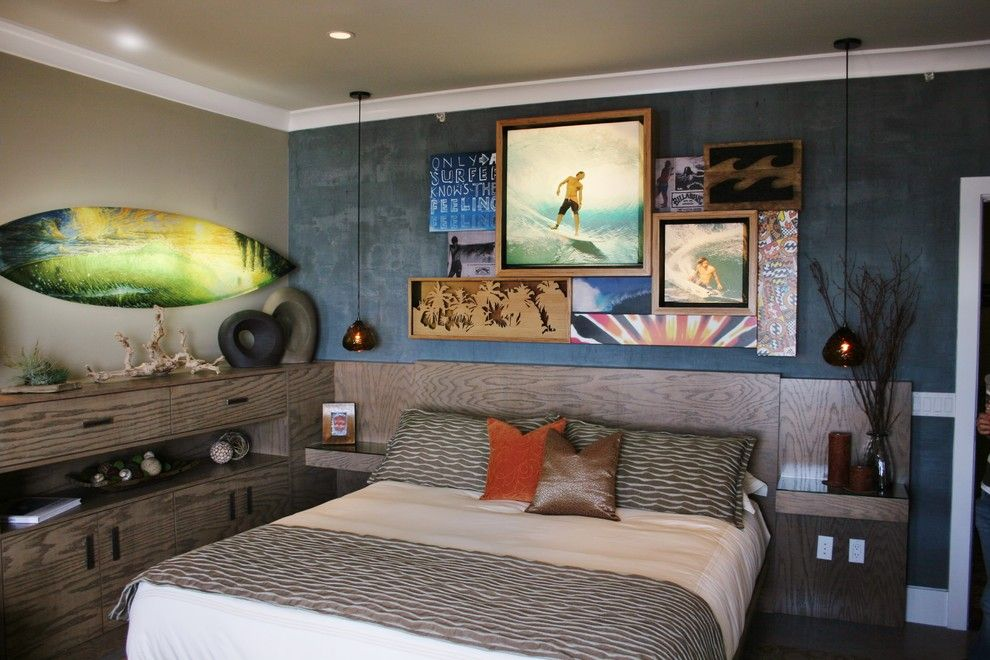Top 7 Most Popular Materials for Wall Finishing. A lot of painting and patchwork on the wall of pop styled bedroom