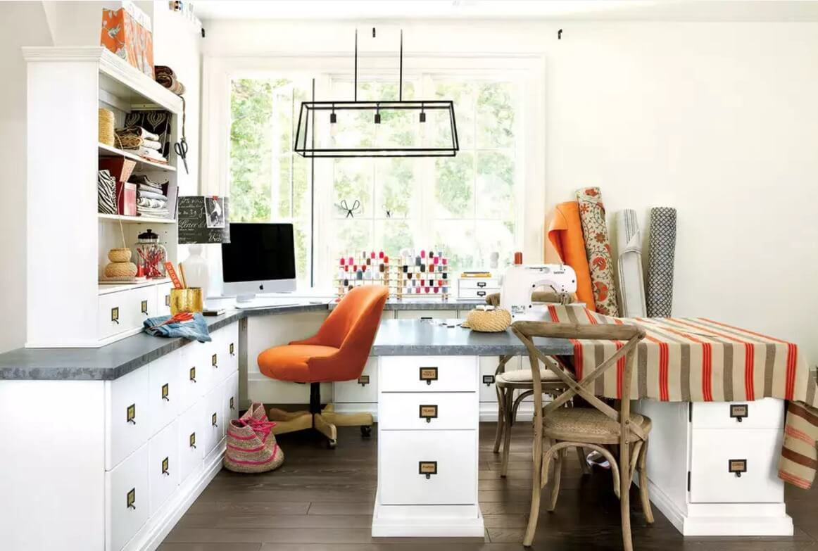 Nicely arranged working place in the large home office